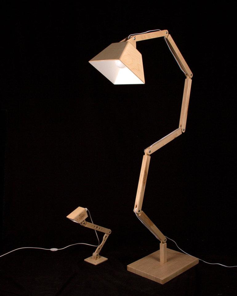 Wooden floor lamp DL022